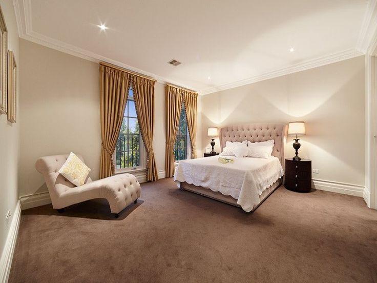 Balwyn North, VIC Sales Agent - Helen Yan and Jonathan Huntsman hockingstuart Balwyn Hawthorn 03 9830 7000 #bedroom #masterbedroom #bedroomdesign #bedroomideas #bed #home #decor