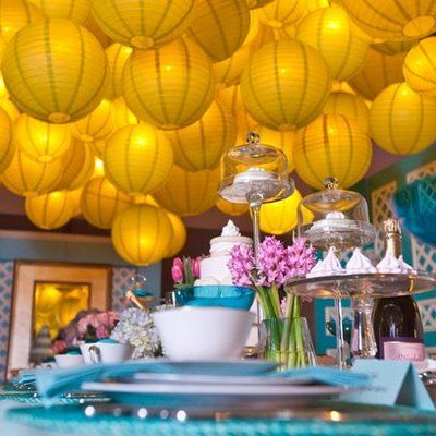 lanternsColors Combos, Paper Lanterns, Spring Colors, Mothers Day Ideas, Chinese Lanterns, High Teas, Windows Display, Chine Lanterns, Teas Parties