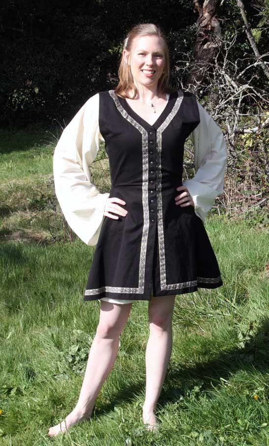 Archer costumeTurkish Garb, Renaissance Costumes, Sca Garb, Fair Costumes, Turkish Costumes, Garb Costumes, Archer Costumes, Renaissance Fair, Ren Fair
