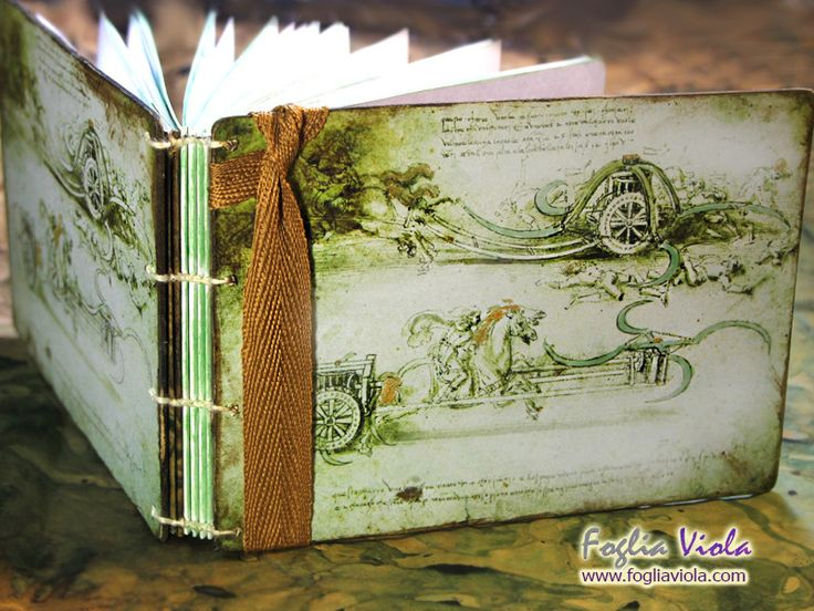Medieval Whisper collection Leonardo da Vinci   #bibliophilia #middleages #davinci #carro #macchinari #cavallo #horse #wings #ali #fantasy #handmade #notebook #book #journal #medieval #medioevo #antique #manoscritto #vintage #nature #elegant #matrimonio #wedding #art #design #copticstitch