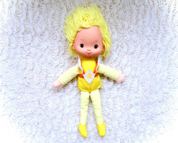 A wonderful condition large 11 original 1983 Canary Yellow rainbow brite doll complete with clothes! Minor signs of age and play only.  Please see all pictures up close for a thorough representation! :) I have TONS more vintage awesomeness in my store - check it out for cheap combined shipping!  I ship WORLDWIDE from a clean, pet & smoke-free home! Please note that shipping times will be slower OUTSIDE of the US & Canada, and tracking is not included to those locations. I offer VERY cheap…