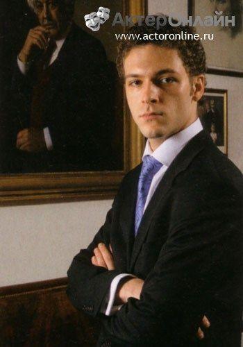 """Константин Крюков - Опубликовано в журнале """"Лица"""", июль-август 2007 года фото: Арсен Меметов"""
