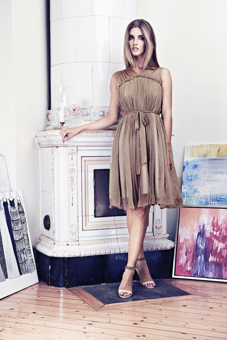 Lookbook SS15 Viktoria Chan fashion label, Scandinavian fashion, Elegant coctail dress