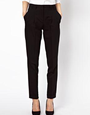 Black peg trouser: essential
