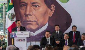 Convoca Murat a la unidad para construir un Oaxaca de igualdad