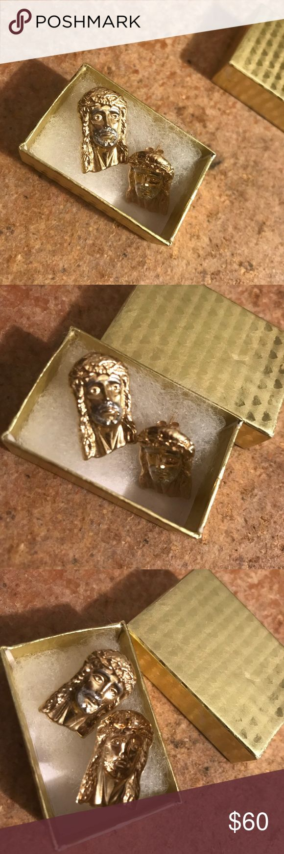 14k Gold Jesus head studs for men . Gold Jesus piece studs for men. Gently used for a couple days. Will be cleaned . Comes with original box. Can be worn on a women. Sold as is. Plz feel free to leave me a comment. Accessories