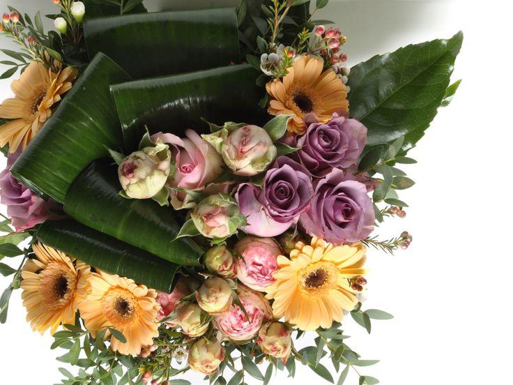 Lenyűgöző pasztell vegyes virágcsokor   #flowers#bouquet#viragszoro#viragszoroviragkuldes#rose#rgermini#sprayrose