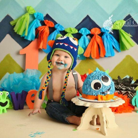 Monstruo de bebé de ganchillo sombrero azul 0-5T por GBabyCrochet