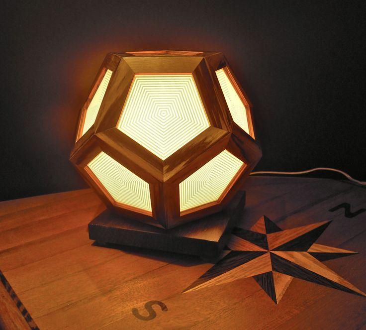 Lampada da tavolo, in legno di Zebrano  e Wengè di sottovento su Etsy