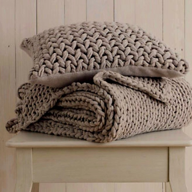 taupe-handknit-throw-and-cushion/