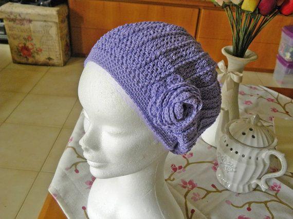 Cappello lilla fatto a mano all'uncinetto di AlpegFactory su Etsy