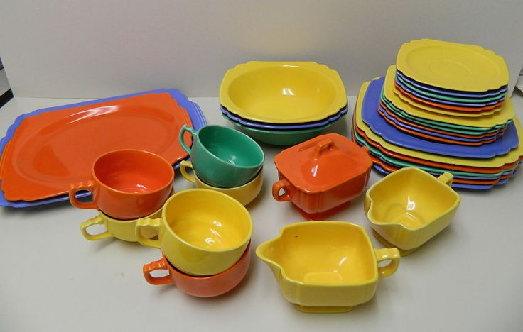 Homer Laughlin Fiesta Lot of 33 RIVIERA Dinnerware BOWLS Serving Plates + 1930u0027s & 36 best Riviera ware dishes images on Pinterest | Homer laughlin ...