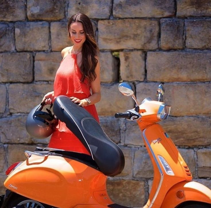 best 25 vespa helmet ideas on pinterest scooter helmet. Black Bedroom Furniture Sets. Home Design Ideas