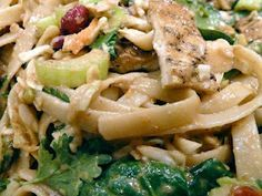 Thai Peanut Noodle Recipe, low fat, vegan style with PB2 powder