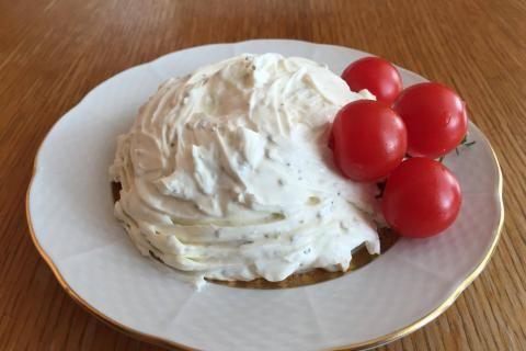 Jak vyrobit domácí sýr lučinu | recept