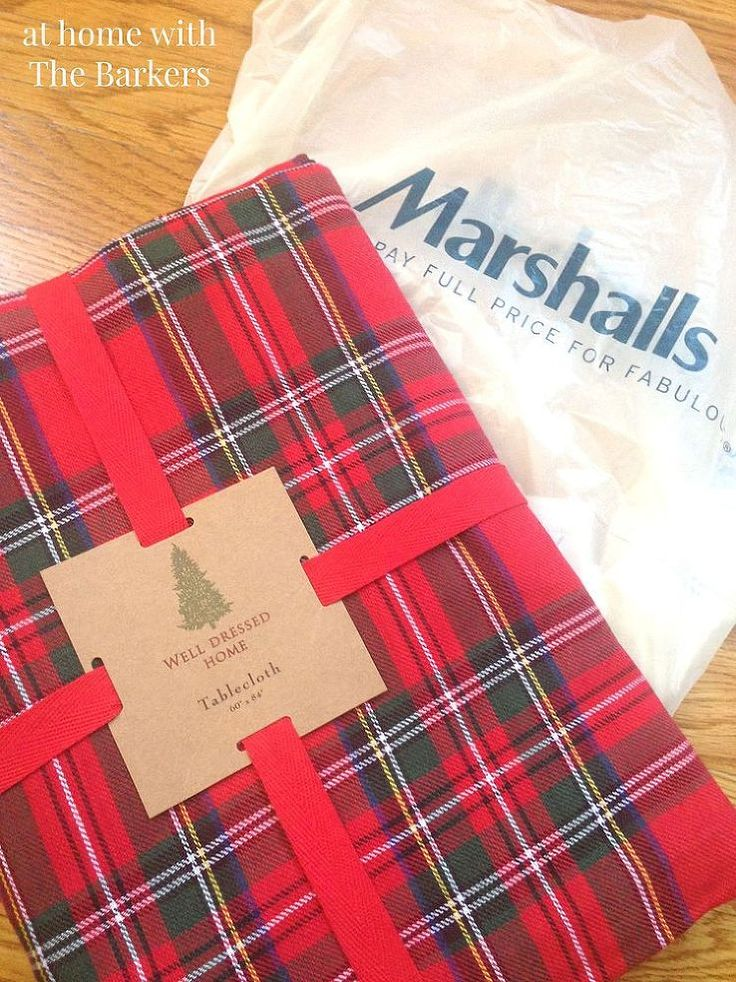 Hometalk :: Slim Christmas Tree