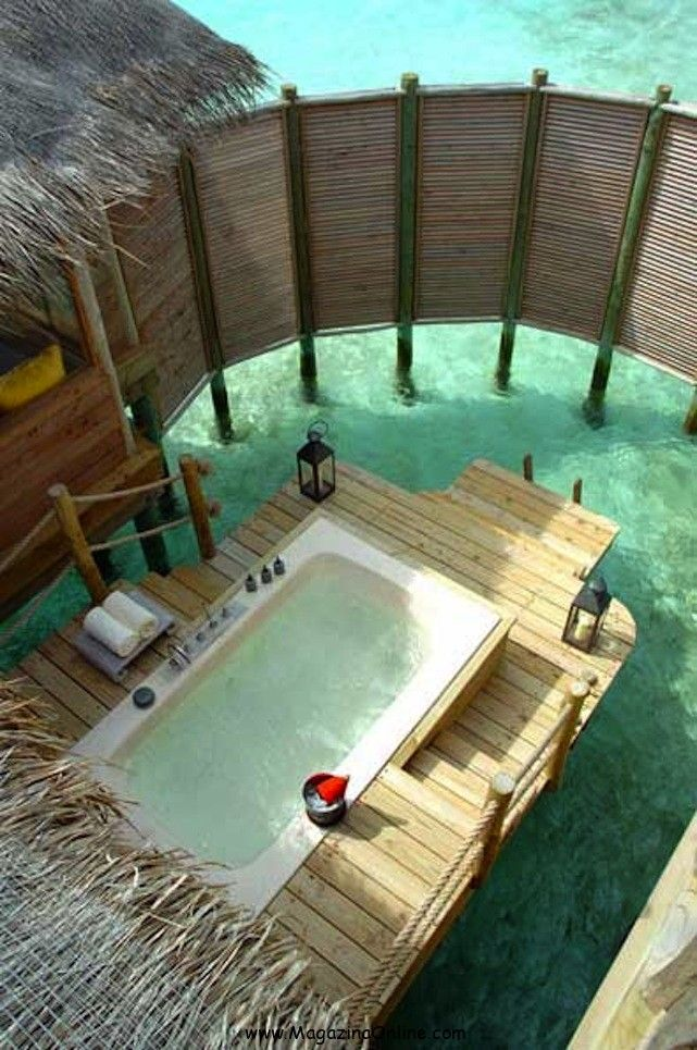 Outdoor Seaside Bath in Maldives. Who wouldn't like to relax here?? This outdoor seaside bath is located in Maldivi and it really looks like a piece of paradise that is reserved just for you! You have to admit, there is nothing quite as liberating as taking a shower in the great outdoors!