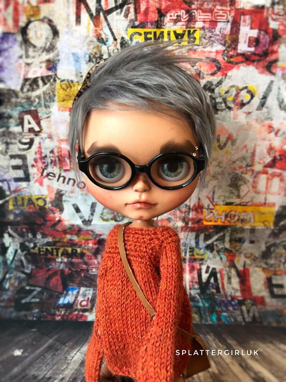 Available at a lower price, because she might be my only Tan Blythe custom. Description: This little one is a customised Tan factory blythe on a Licca Tan body. She will travel carefully packed and wrapped in her own box and with a random outfit of my choice. She has 2 pairs of