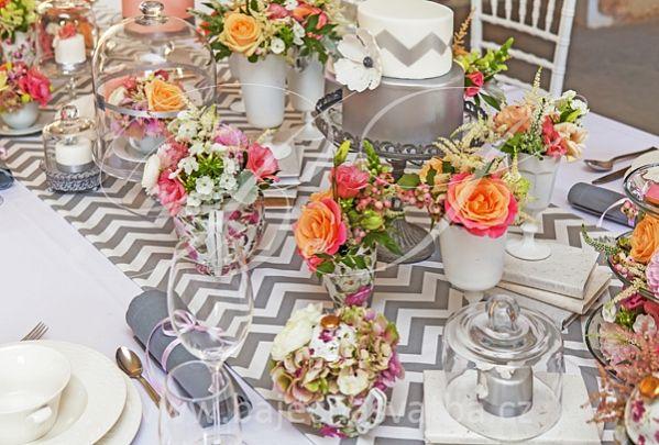 Chevron wedding table runner..Love this pattern!