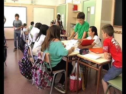 Aprenentatge cooperatiu i avaluació formativa (1). La veu dels mestres - YouTube
