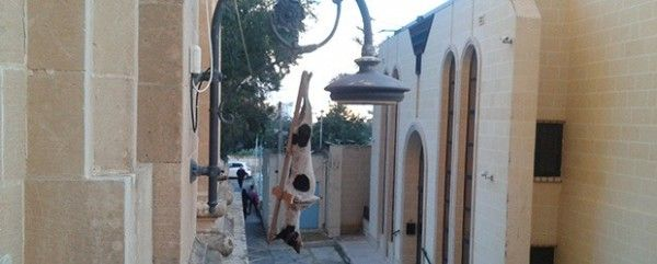 Quick links to share the petition: Condemn Muslims that crucified dog and cat to a cross in Malta!   Yousign.org
