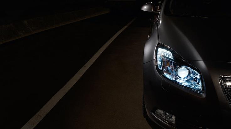 El Opel Insignia se distancia del restopor su impresionante diseño y su innovadora tecnología.