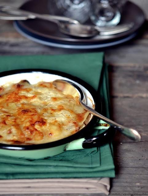 l'appetito vien leggendo: gratin di patate e funghi