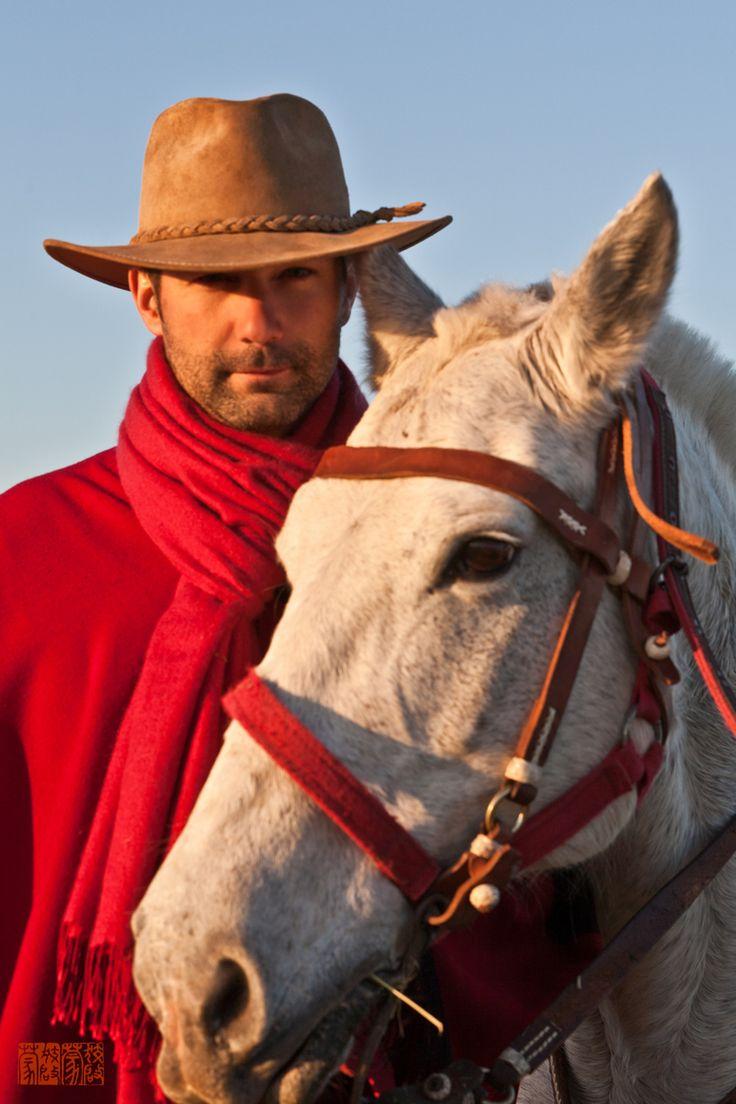 """gaucho Argentino, si todos los Gauchos Argentinos, son tan """"Churros"""" como este.... tengo que darme una vuelta por mi pais natal."""