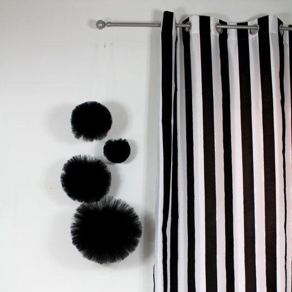 17 Best Ideas About Black Centerpieces On Pinterest