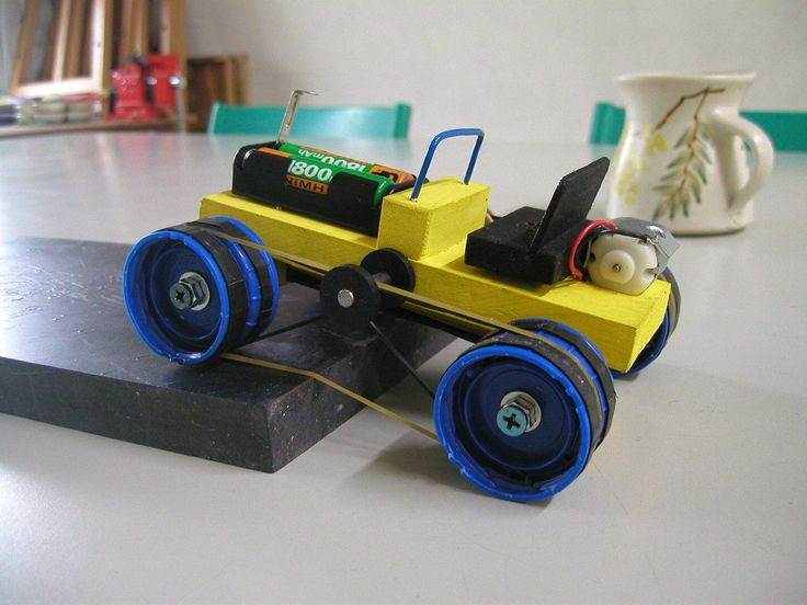 DIY 4 Wheel Drive Toy Electric Car