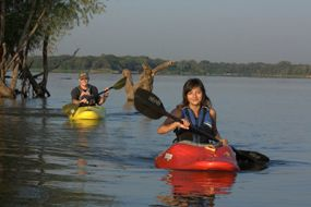 Lake Arlington - Texas Paddling Trails - Kayak or canoe on the Lake Arlington paddling trail.  Row more than 10 miles along the banks of Lake Arlington.   Also try the new River Legacy Parks paddling trail.  Lake Arlington has 2 parks - Richard Simpson & Bowman Springs