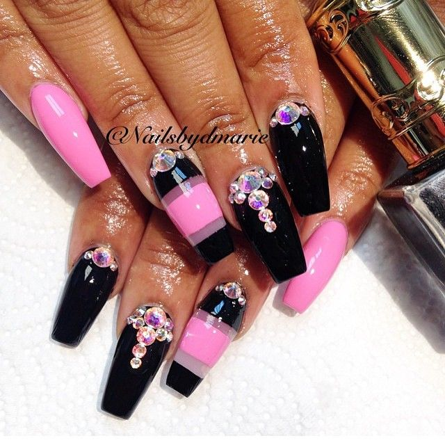 Pink And Black Nailz With Bling Nail Designs Nail Art Trendy Nail Art