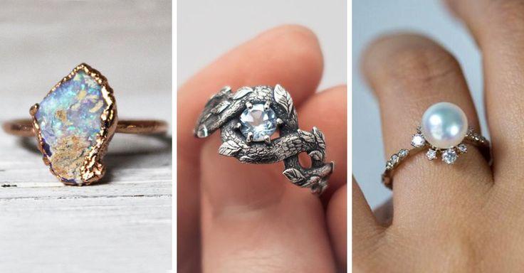 No es ningún secreto que las bodas son demasiado costosas. Pero jamás pensamos que el anillo de compromiso es aún máscaro. Afortunadamente, cada día se crean nuevos estilos de anillos que son ideales para cualquier novia y además son bastante económicos.  Así que si tú y tu pareja están tratando