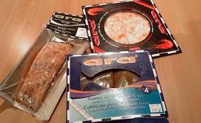 Productos ara. Carpaccio, caldo concentrado y salmón congelado