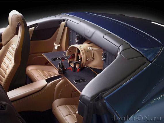 Багажник Феррари Калифорния Т 2015 / Ferrari California T 2015 – доступ из салона