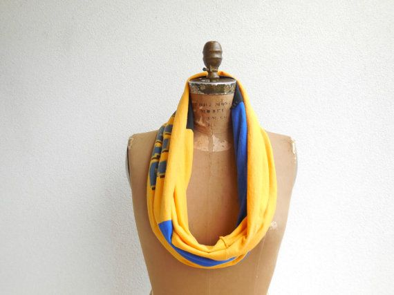 University of Pittsburgh T Shirt Infinity Scarf Womens by ohzie