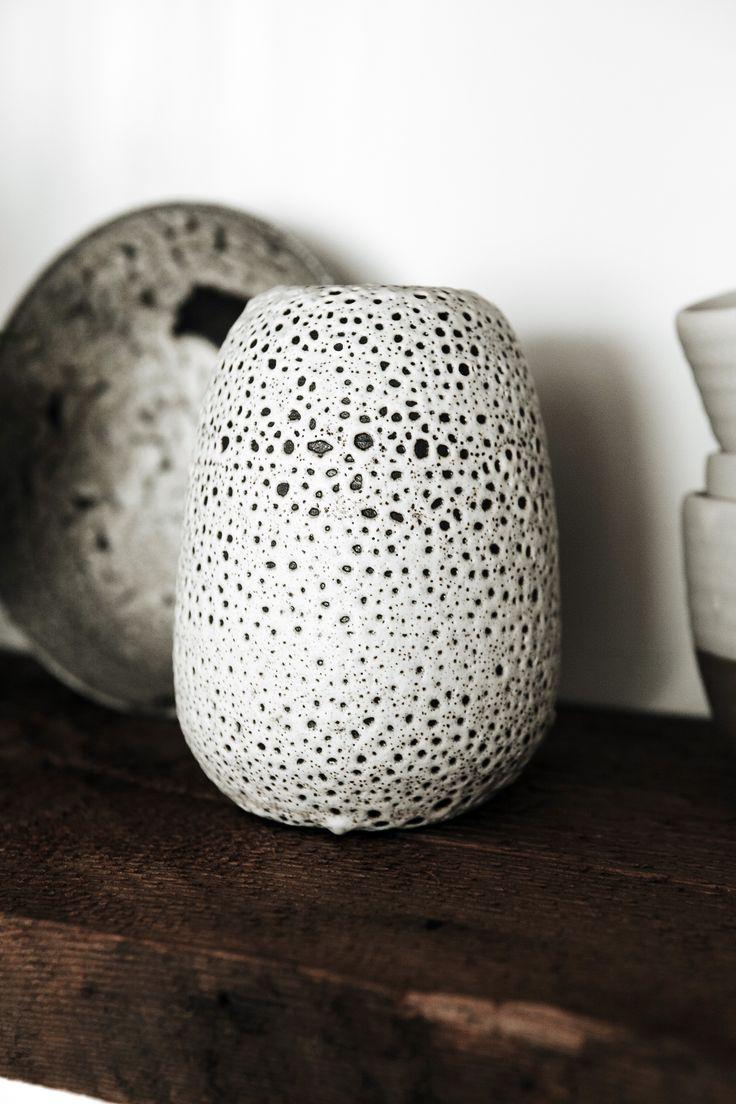 Art | アート | искусство | Arte | Kunst | Sculpture | 彫刻 | Skulptur | скульптура | Scultura | Escultura | Janaki Larsen barnacle vase