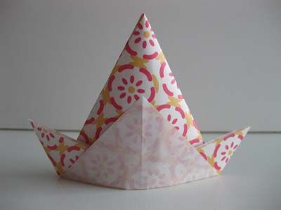 Origami triangle hat tutorial
