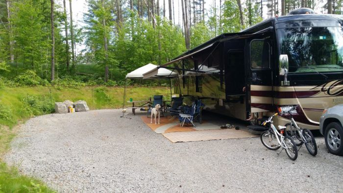 So what are you waiting for? Pack your bags and book a vacation at the Moose Hillock Camping Resort!
