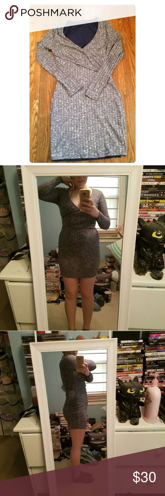 """NWOT Gray body contour dress! This is such a cute dress! Perfect for going out to get drinks or on a date!! It's very form fitting, so it'll really show off your curves! It's a medium but fits more like a small! It has never been worn! It has no holes or stains! It comes from a smoke free environment! """"No trades, holds, or modeling. And no sales outside poshmark."""" Price Is Firm Dresses"""