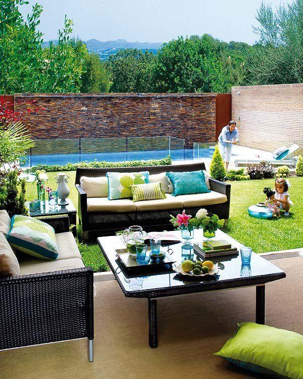 Consejos para la decoraci n de interiores y exteriores a - Decorar un jardin ...