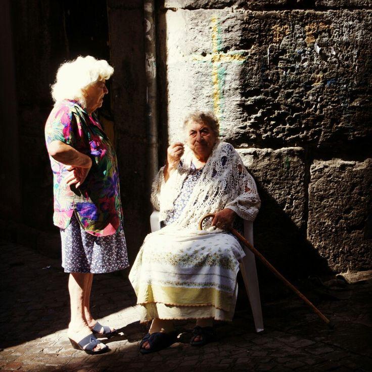 ITALIA. Napoli. Mom & sister Roberto de Niro. 2014. ИТАЛИЯ. Неаполь. Мама и сестра Роберта де Ниро. 2014.