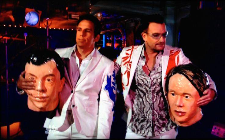 Bono and Ben Stiller kicked off stage by Arcade Fire /// article en Français : http://blog.lesoir.be/frontstage/2013/09/30/arcade-fire-en-boite/   #u2NewsActualite #u2NewsActualitePinterest #u2 #bono #PaulHewson #2013 #new #news #actualite #rock #music