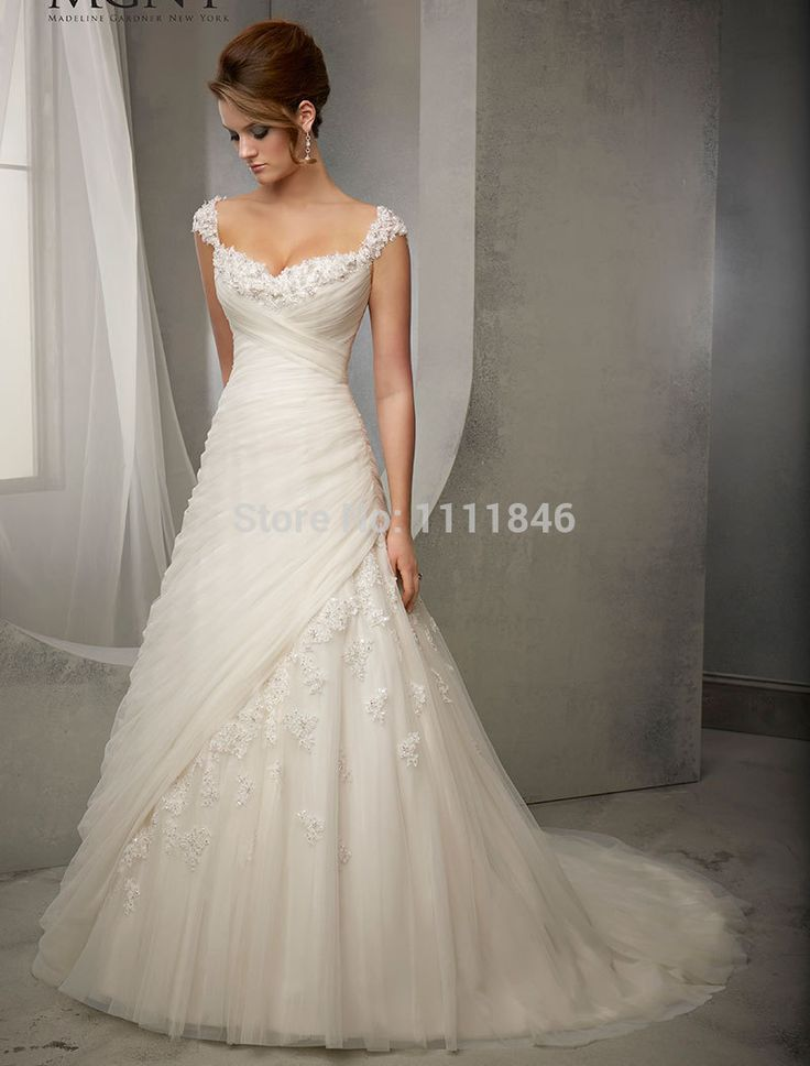 Elegant Princess Capped Sleeves Wedding Dresses 2015 Sweetheart A line Appliques Bridal Gowns Small Train-in Wedding Dresses from Weddings & Events on Aliexpress.com   Alibaba Group