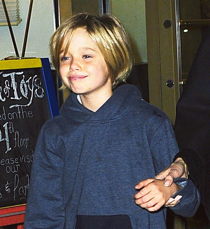 Twinning!  Shiloh Jolie-Pitt may have just turned 10-years-old, but she's looking more and more like famous dad Brad Pitt with each year that...