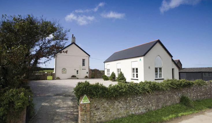 Location Information for Elmscott Hostel, Elmscott, Hartland, Bideford, Devon, EX39 6ES | Independent Hostels and Bunkhouses