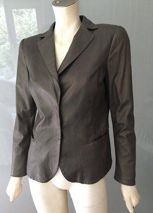 Kaufe meinen Artikel bei #Kleiderkreisel http://www.kleiderkreisel.de/damenmode/blazer-blazer/145787914-armani-lederblazer-blazer-38-metallic-grau-grun-leder-jacke-jacket-grey-s-m-top