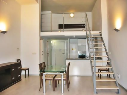 Dise os dormitorios en doble altura buscar con google - Altura de un piso ...