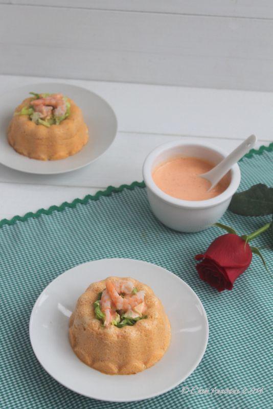 Cocina compartida: Pastel de merluza y gambas con salsa de piquillos