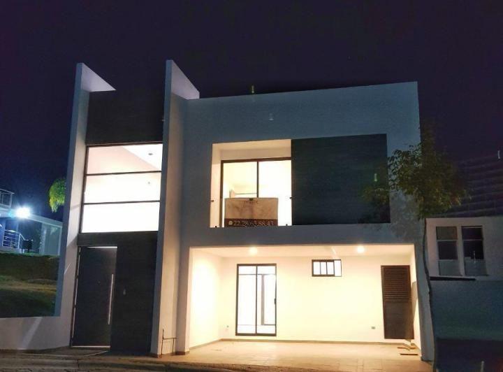 Casa En Lomas De Angelopolis Provincia De Puebla Inmuebles24 En 2020 Estilo En El Hogar Salon De Usos Multiples Casas De Campo